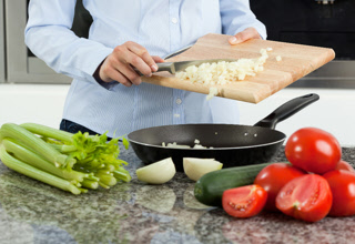 Our unique in-home meal preparation service provides meals made in your kitchen with your ingredients and our cooking expertise. Provided to Idaho households in the Boise area.